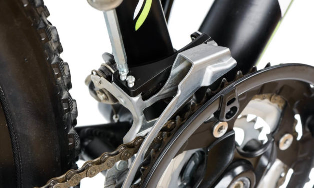 Umwerfer einstellen für eine exakte Fahrradschaltung